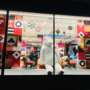 PLV en vitrine de magasin : comment capter l'attention ?